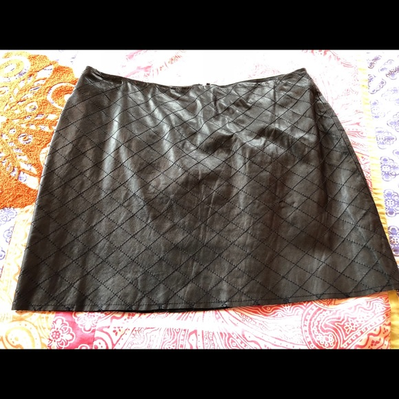 e64ab671b Alice + Olivia Skirts | Alice Olivia Quilted Blk Leather Mini Nwot 8 ...